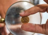 Kinh tế Mỹ phục hồi tốt, giá vàng tuột dốc