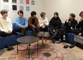 BTS tiết lộ bí mật phía sau 2 MV ON và Black Swan