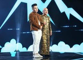 Nghệ sĩ Hoàng Sơn khó chịu với MC Dương Lâm vì ghế nóng