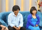Ốc Thanh Vân nghẹn ngào xúc động tình yêu vợ chồng khuyết tật