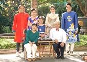 Thanh Thủy, Trung Dân, Hoàng Mèo rộn rã gói bánh tét đón Tết