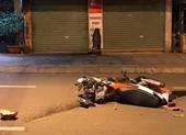 2 xe máy va chạm, 5 người thương vong ở quận 9