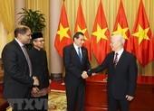 Tổng Bí thư, Chủ tịch nước tiếp các Đại sứ đến trình Quốc thư