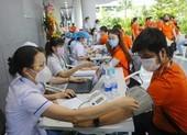Chính thức: Chính phủ đồng ý mua 30 triệu liều vaccine AZD1222