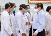Thủ tướng yêu cầu chi viện kịp thời cho các nơi có nhiều ca nhiễm, bệnh nặng