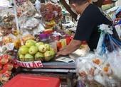 Nhiều điểm bán thức ăn đường phố cũng nghỉ vì COVID-19