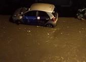 Nguyên nhân gây mưa lớn bất ngờ ở TP.HCM đêm 2-4