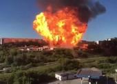 Video: Cháy trạm xăng gây nổ lớn ở Nga, 16 người bị thương