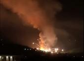 VIDEO: Loạt vụ nổ làm rung chuyển kho đạn ở Serbia