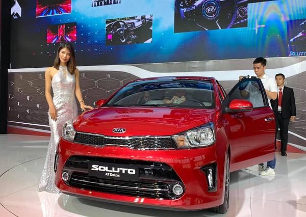 hinh-xe-Kia-soluto-2020-gia-re