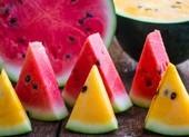 Dưa hấu ruột đỏ và dưa hấu ruột vàng loại nào dinh dưỡng hơn?