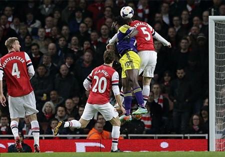 Lối chơi của Arsenal đã rất bế tắc