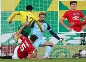 Maguire hóa người hùng phút cuối cùng, MU vào bán kết FA Cup