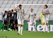 Ronaldo rực sáng, Juventus vẫn cay đắng rời Champions League