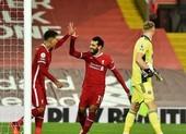 Hàng công toả sáng, Liverpool ngược dòng kịch tính tại Anfield