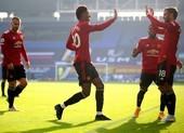 Cavani ghi bàn, Bruno rực sáng, MU ngược dòng hạ Everton