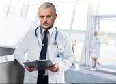 Pep Guardiola 'đấu khẩu' với Mourinho: Oan gia ngõ hẹp