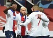 Vừa ghi bàn giúp PSG thắng MU, Neymar lại muốn về Barcelona