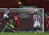 Cựu sao MU khiến Liverpool mất điểm trước West Brom