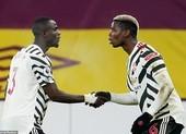Đưa MU lên đỉnh, Pogba nói trọng tài 'có quyết định kỳ lạ'
