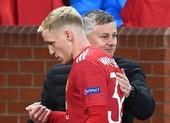 Lời hứa của Solskjaer với Van De Beek