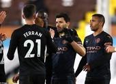 Vùi dập Fulham trong hiệp 2, Man. City tạm hơn MU 17 điểm