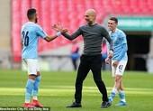 Pep Guardiola kêu gọi Man City hoàn thành Treble
