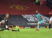 Hạ gục MU tại Old Trafford, Liverpool áp sát Top 4