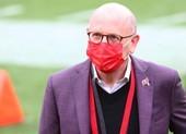 Manchester United thoát án phạt nặng