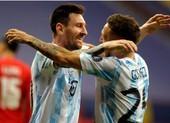 Lionel Messi đi vào lịch sử Argentina tại Brazil