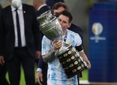 Messi ký hợp đồng mới 5 năm với Barcelona