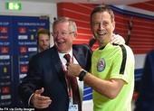 Trọng tài nổi tiếng khiếp sợ Sir Alex, muốn giải nghệ vì Mourinho