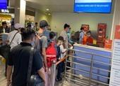 Giá vé máy bay đồng loạt tăng đột biến dịp lễ 30-4