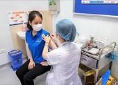 Tiêm Vaccine COVID-19 cho hàng nghìn phi công, tiếp viên