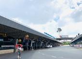 Ngưng bay đến TP.HCM, nhiều sân bay 'đóng băng'