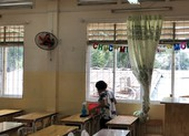 TP.HCM: 3 trường công lập xin nghỉ học