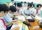 Sử dụng điện thoại trong giờ học: Nơi mạnh dạn, nơi dè dặt