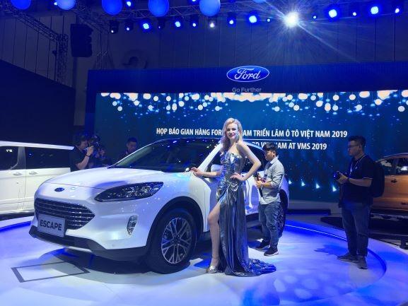 Ford Escape đã được ra mắt tại Triển lãm ô tô Việt Nam 2019.