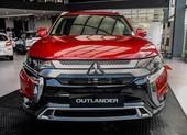Mitsubishi Outlander ưu đãi khủng đến 125 triệu đồng