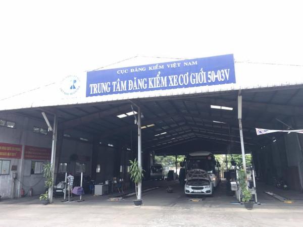Mỗi ngày hai cơ sở chỉ có khoảng 100 xe ô tô đến đăng kiểm.