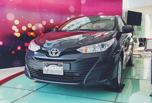 Toyota Vios đang được bán ra với 5 phiên bản.
