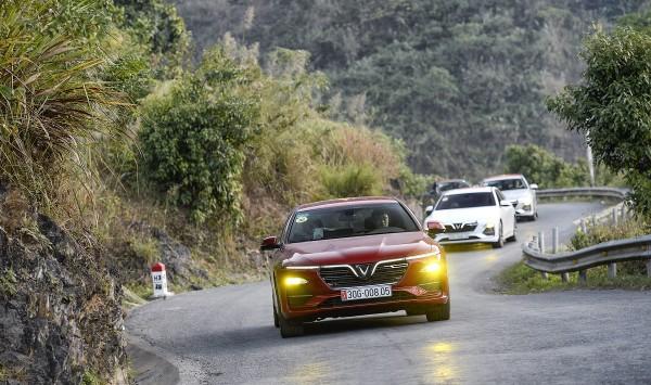 VinFast cũng vừa áp dụng chính sách bảo hành mới cho dòng xe Sedan và SUV