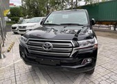 Tốp 10 xe bán ế tháng 11: Toyota chiếm trọn số lượng lớn
