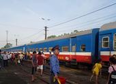 Đường sắt thêm tàu đi Vinh, Lào Cai dịp lễ 30-4 và 1-5