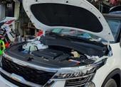Dùng nước máy thay nước làm mát ô tô có thể làm hư luôn máy xe