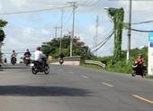 Người dân 'vô tư' chạy ngược chiều trên quốc lộ 91