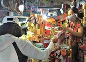 Đồ thờ cúng từ Trung Quốc tăng giá