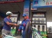 Tiêu thụ xăng E5 ở TP.HCM tăng