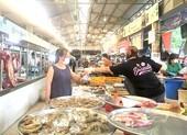 Hơn 100 chợ truyền thống đóng cửa: Tiểu thương lên chợ online