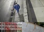 Ông cụ 75 tuổi ở TP Thủ Đức kêu cứu vì nhà liên tục bị tạt sơn